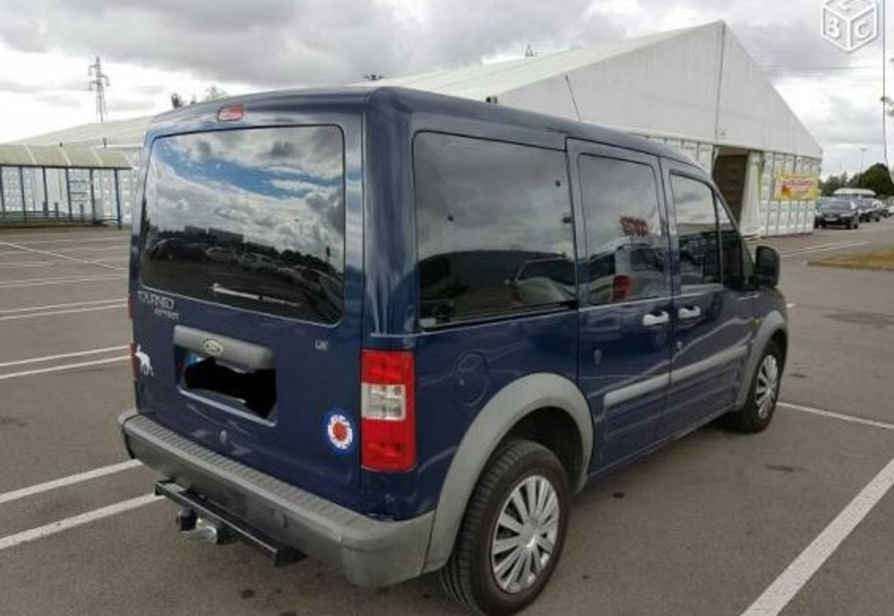 FORD TOURNEO COURIER 3/3