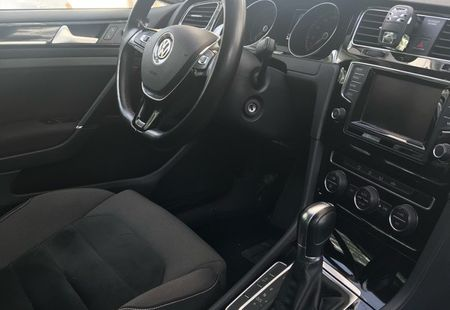 VOLKSWAGEN GOLF 3/3