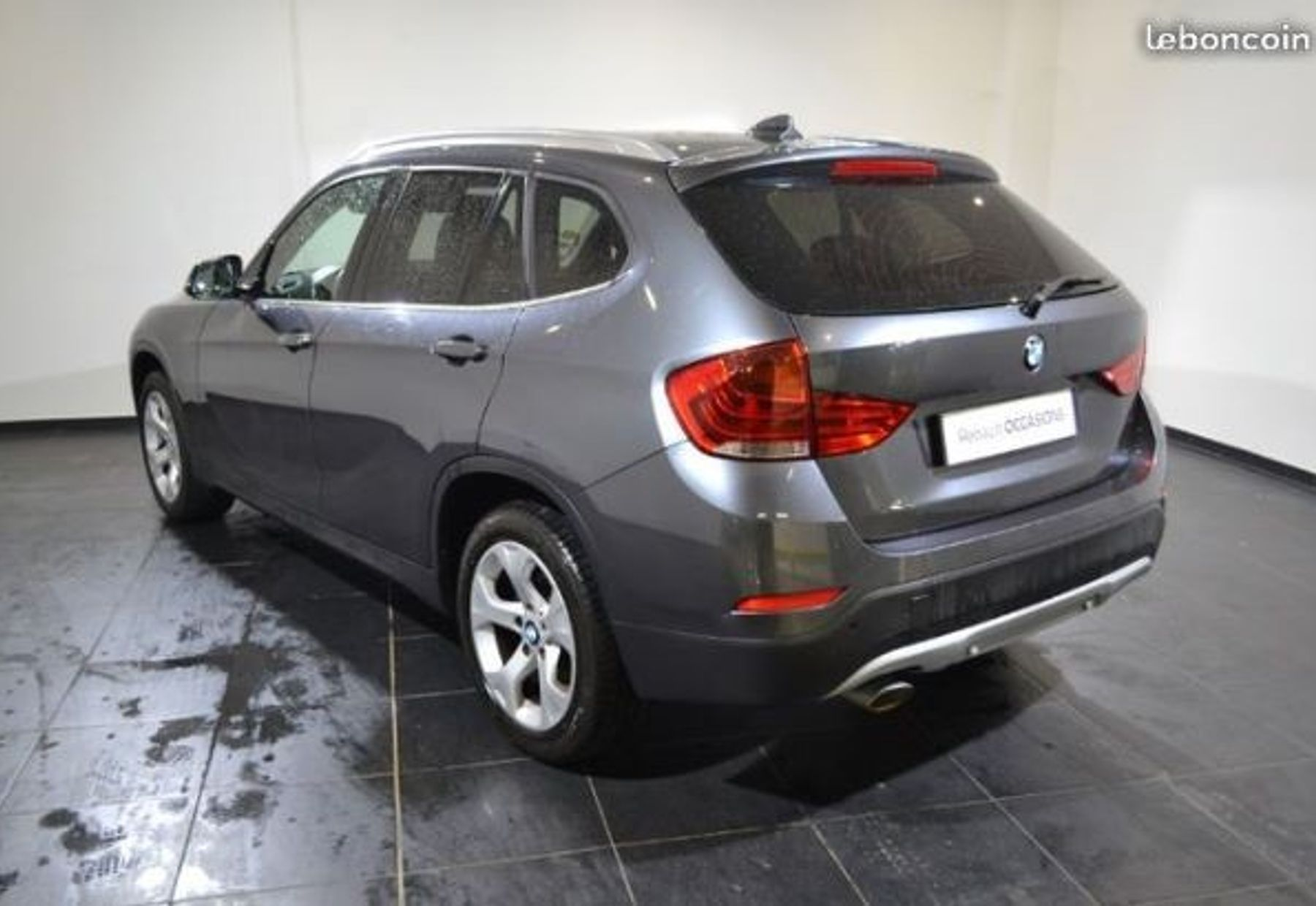 BMW X1 2/3