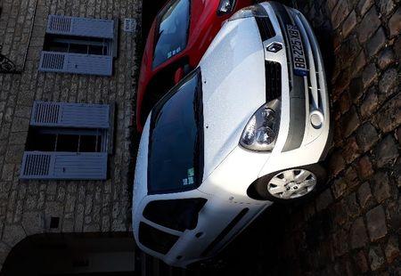 RENAULT CLIO RS 2/4