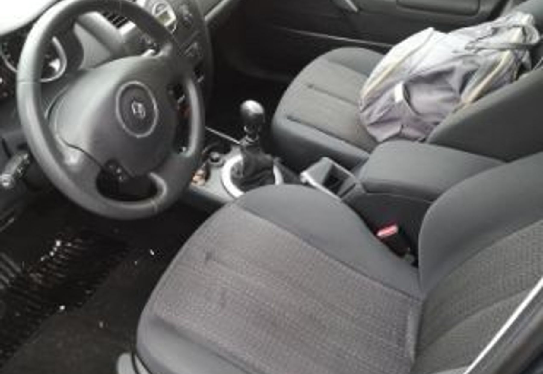 RENAULT MEGANE III ESTATE 2/4