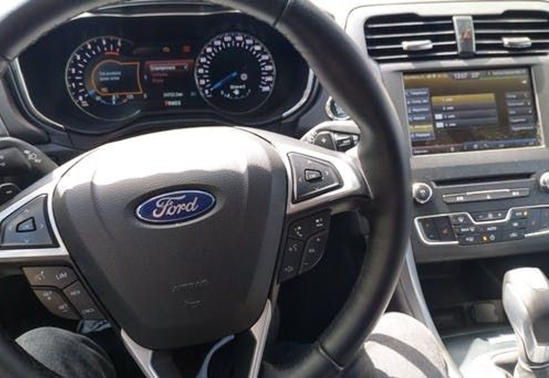 FORD MONDEO 4/4
