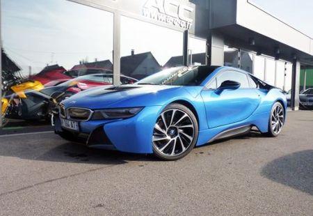 BMW I8 1/4