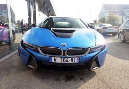 BMW I8 3/4