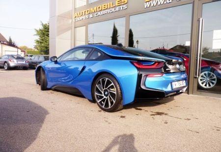 BMW I8 2/4