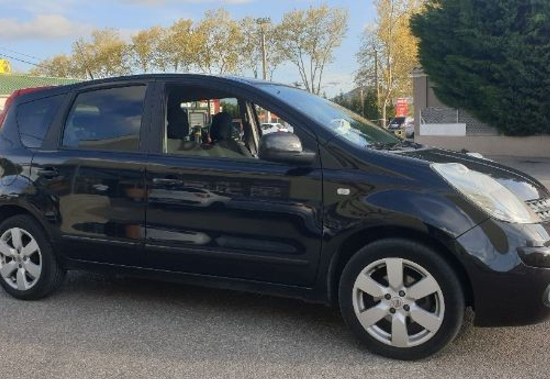 NISSAN NOTE 2/4