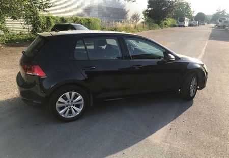 VOLKSWAGEN GOLF 2/4